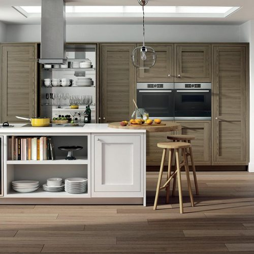 Conival Smoked Oak & Painted Blizzard White Caledonia Traditional Shaker Style Kitchen