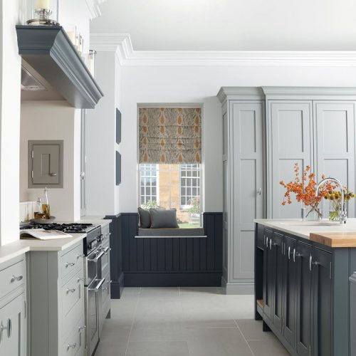 Katrine Painted, Elgin Grey & Caithness Slate Caledonia Traditional Shaker Style Kitchen